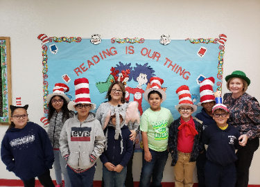 3rd grade celebrating Read Across America