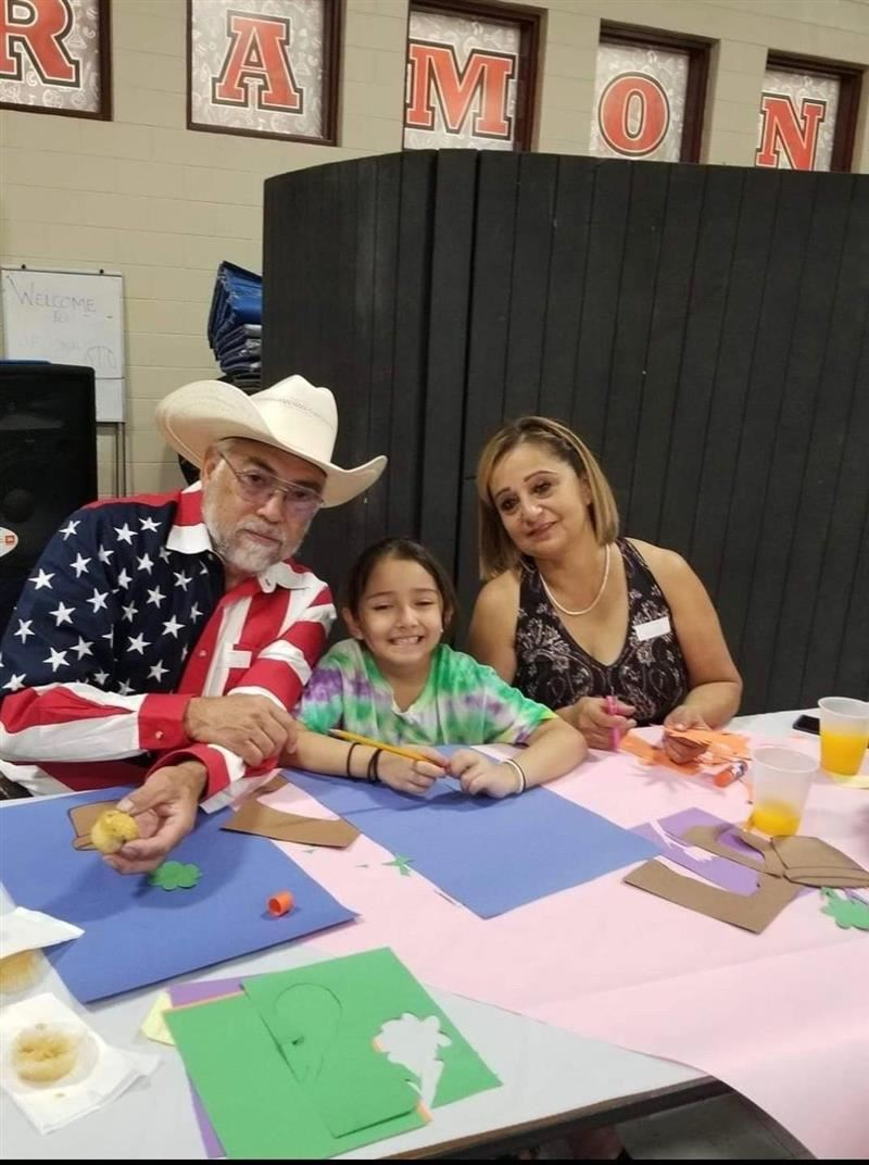 Ramona Elementary Welcomed Grandparents