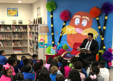 Read Across America Celebrity Reader Rick Cabrera