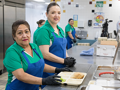 YISD kicks off supper meals for 2018-19 school year