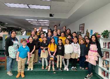 Hanks Fashion Club Reading to Students at Tierra del Sol Elementary