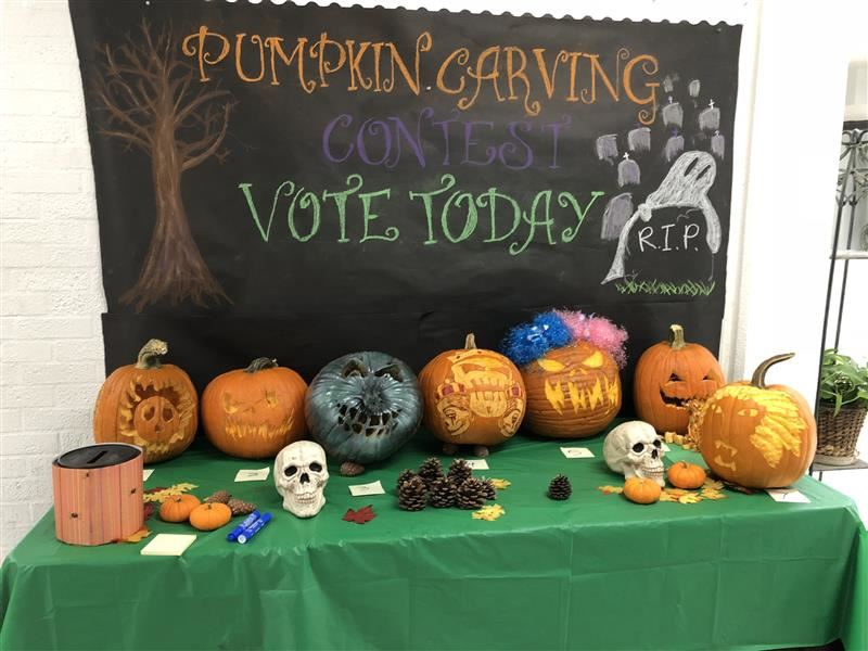 Pumpkin Carving Contest at Plato